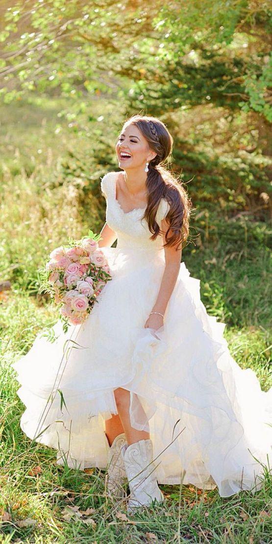40 wedding dresses country theme ideas 22