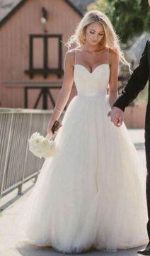 40 wedding dresses country theme ideas 5