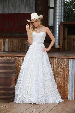 40 wedding dresses country theme ideas 8