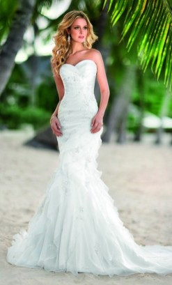 50 simple and sexy wedding dresses for the beach 12
