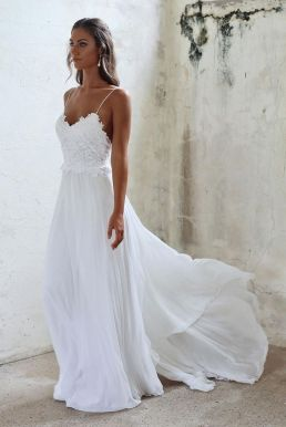 50 simple and sexy wedding dresses for the beach 14