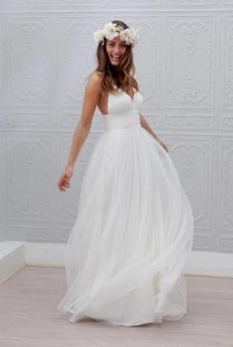 50 simple and sexy wedding dresses for the beach 4