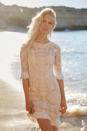 50 simple and sexy wedding dresses for the beach 6