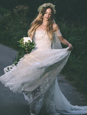 60The Good and Creative Ideas about Wedding Dresses 23