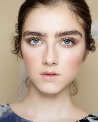 Bridal Makeup When Wedding in the Daytime 1