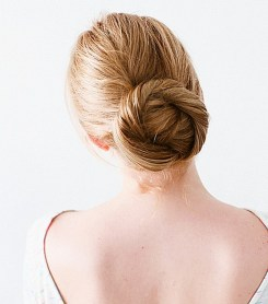 Easy DIY Wedding Day Hair Ideas 15