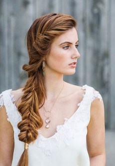 Easy DIY Wedding Day Hair Ideas 21