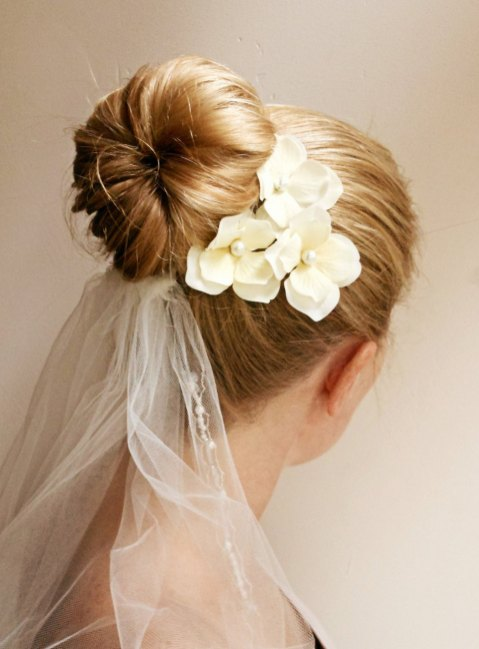 Easy DIY Wedding Day Hair Ideas 25