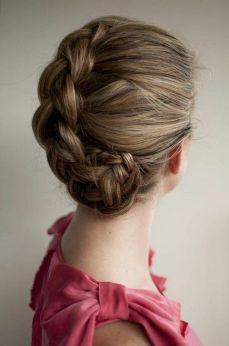 Easy DIY Wedding Day Hair Ideas 34