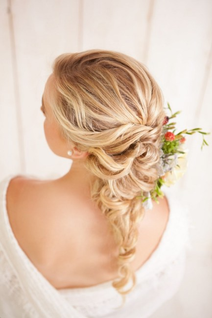 Easy DIY Wedding Day Hair Ideas 52
