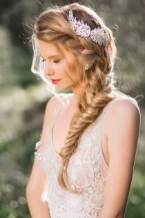 Fishtail Hairstyles for all situations 15