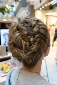 Fishtail Hairstyles for all situations 20