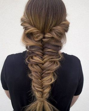 Fishtail Hairstyles for all situations 36
