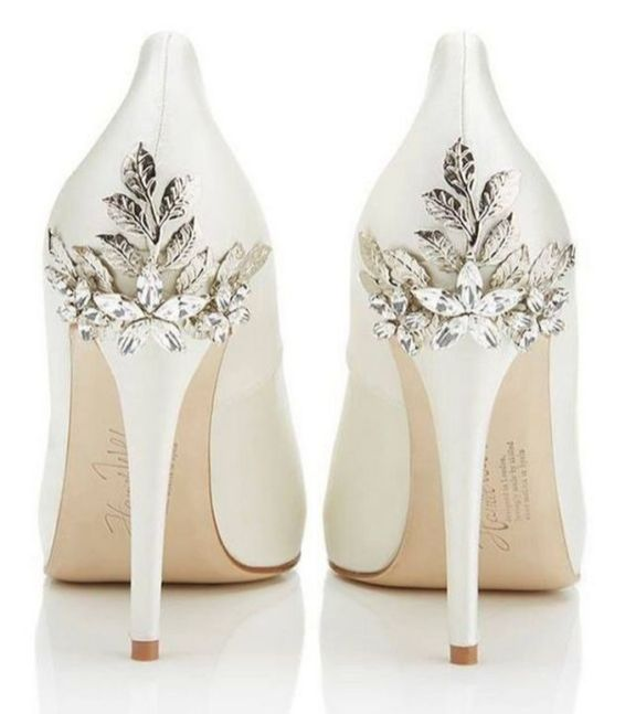 Floral Wedding Shoes Ideas You Never Seen Before 11