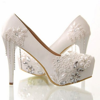 Floral Wedding Shoes Ideas You Never Seen Before 20