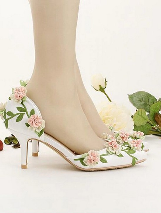 Floral Wedding Shoes Ideas You Never Seen Before 38