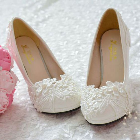 Floral Wedding Shoes Ideas You Never Seen Before 39