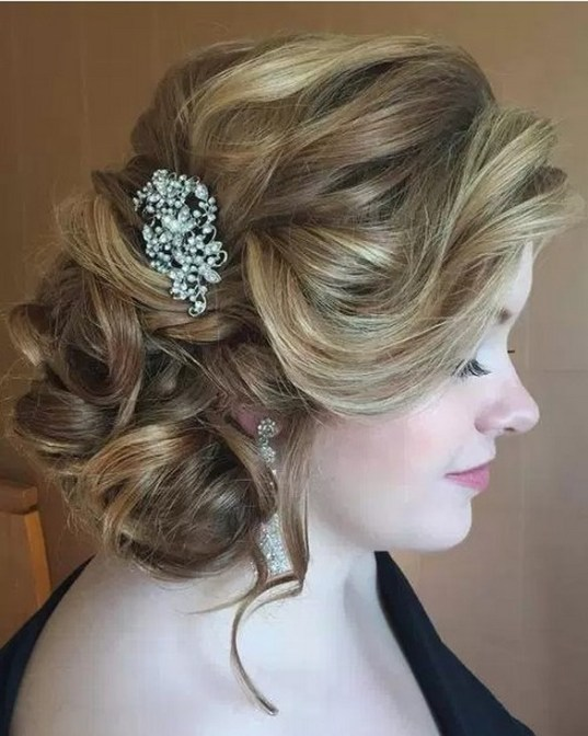 Hairstyles for long hair at wedding Ideas 11