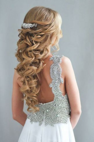 Hairstyles for long hair at wedding Ideas 76