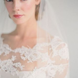 Soft and Romantic wedding makeup looks for fair skin 25