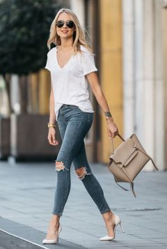 World of jeans cute winter outfits ideas 18