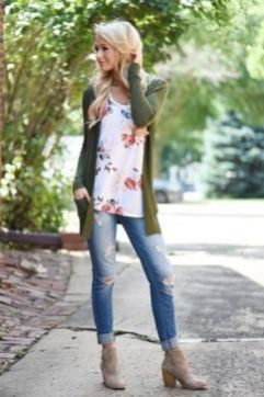 World of jeans cute winter outfits ideas 3