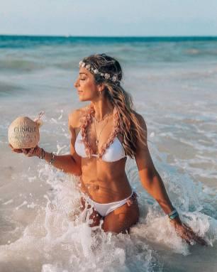 100 Ideas Outfit the Bikinis Beach 100