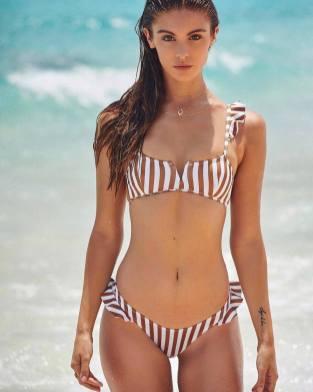 100 Ideas Outfit the Bikinis Beach 40