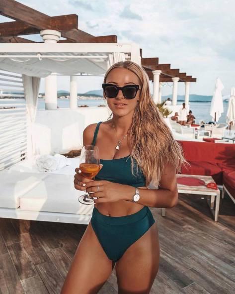 100 Ideas Outfit the Bikinis Beach 50