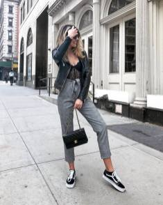 30 Comfortable and Charming Clothing ideas for sightseeing 2