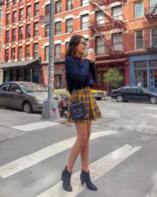 30 Comfortable and Charming Clothing ideas for sightseeing 3