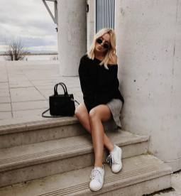 30 Simple Outfit Ideas for women 10