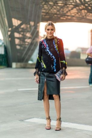 40 Asymmetric Skirts Street Styles Ideas 37