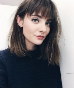 40 Bangs Hairstyles You Need to Try Ideas 26