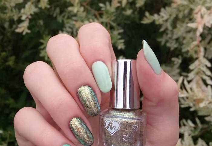 40 Chic Green Nail Art Ideas 30