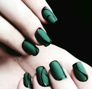40 Chic Green Nail Art Ideas 4