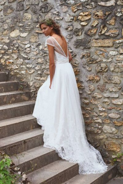 40 Deep V Open Back Wedding Dresses Ideas 38