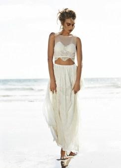 40 Einfache Crop Top Brautkleider Ideen 15