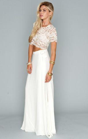 40 Einfache Crop Top Brautkleider Ideen 19