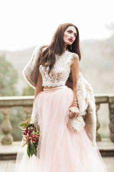 40 Einfache Crop Top Brautkleider Ideen 2