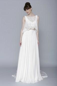 40 Einfache Crop Top Brautkleider Ideen 22