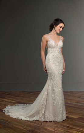 40 Fit and Flare With Long Train Wedding Dresses Ideas 6