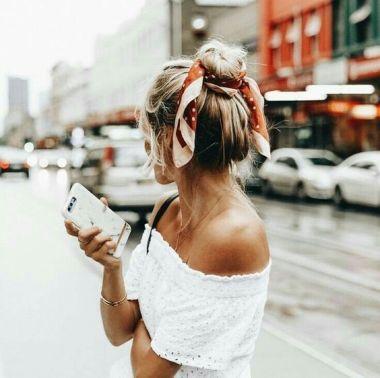 40 High Messy Bun Hairstyles Ideas 17