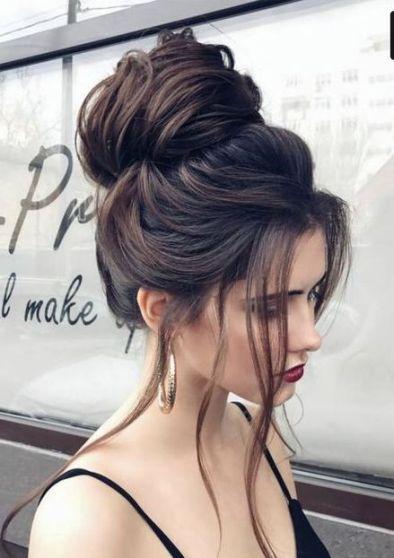 40 High Messy Bun Hairstyles Ideas 9
