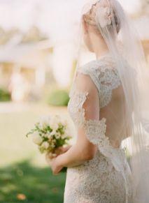 40 Long Viels Wedding Dresses Ideas 11