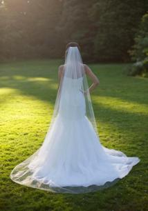 40 Long Viels Wedding Dresses Ideas 23