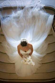 40 Long Viels Wedding Dresses Ideas 30