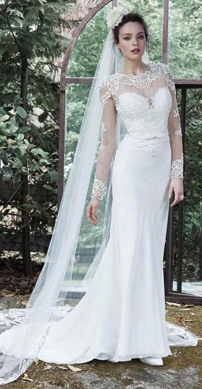 40 Long Viels Wedding Dresses Ideas 32