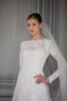 40 Long Viels Wedding Dresses Ideas 4