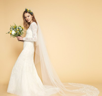 40 Long Viels Wedding Dresses Ideas 41